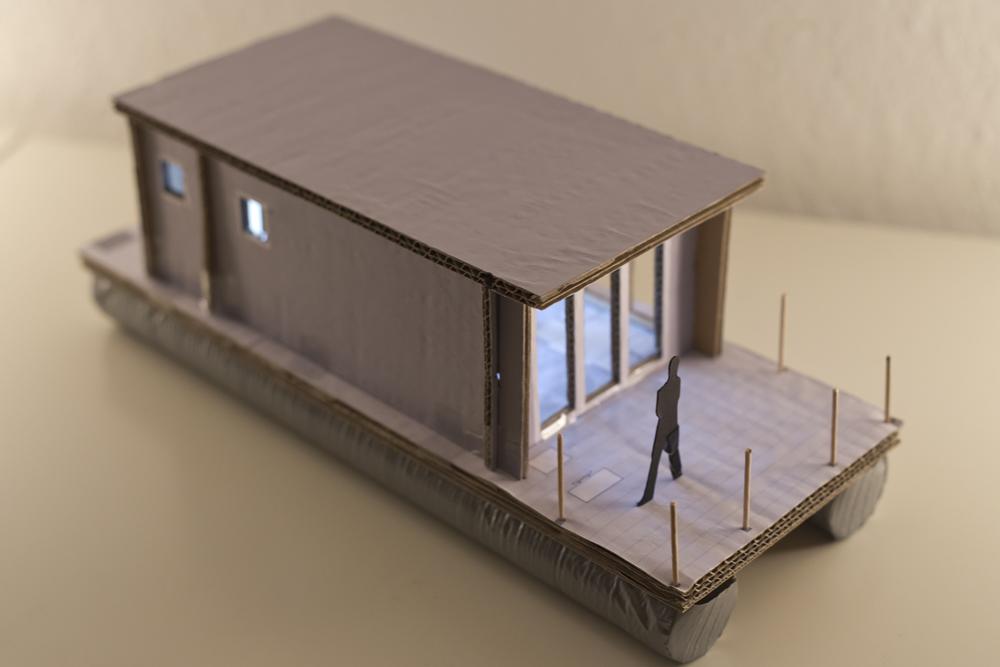 Miniatur - Blick auf vordere Terrasse