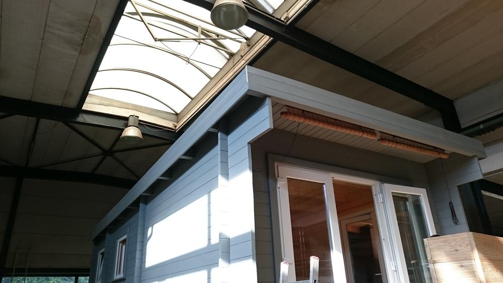 So ist das Dach fast fertig